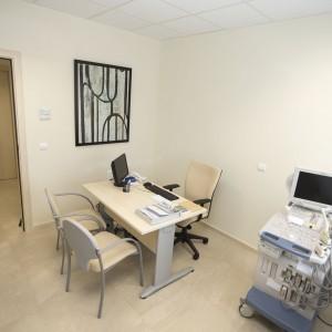 Consulta de urología en Estepona. Vista general.