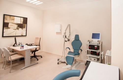 Consulta de dermatología y podología en Estepona
